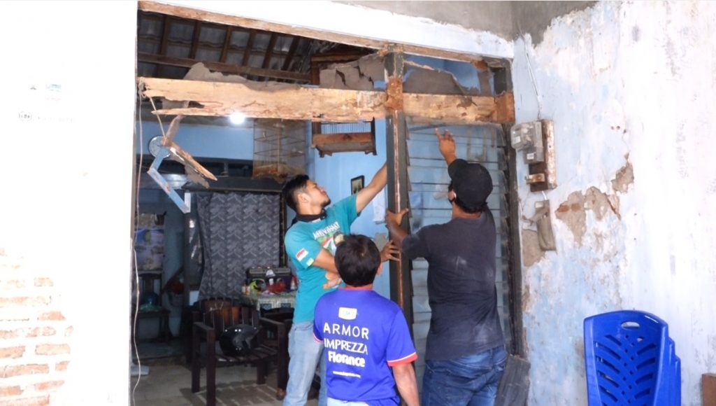 Program Bedah Rumah Lazismu Roemani di Ngaliyan