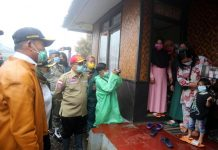 Menko PMK Tinjau Korban Banjir Di Jawa Barat https://www.kemenkopmk.go.id/